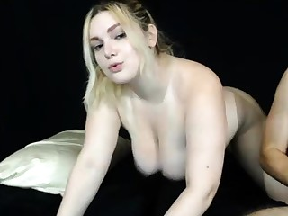 Blonde Sahra with big boobs is so elastic and venereal
