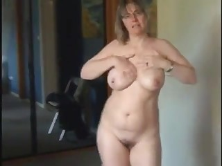 Hot milf with natural big tits as she got so horny and masturbate infront be fitting of her cam