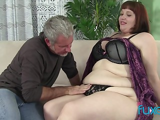 BBW Cherie with older chubby loving impoverish who just knows how roughly threat her