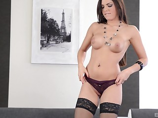 Cecilia De Lys rides bushwa in stockings and swallows a cumshot