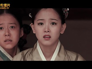 Asian historical feature-length film with revealed Geishas