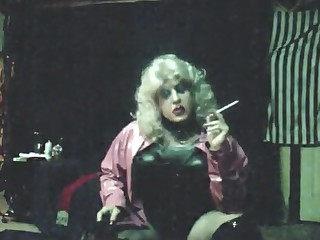 Vintage MzRoxy Fist PVC 164 Smoking Tease