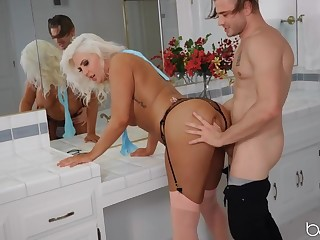 Chubby tanned milf old bag fucked by a horny dude
