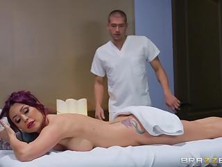 Monique Alexander got surprised down a fingering and sex by her masseur