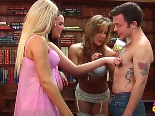 Amy Anderson and a few every other hotties playing with a tiny tabulation