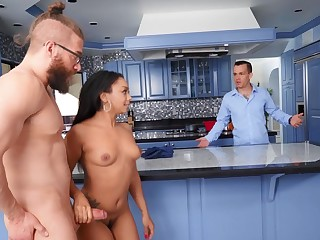 Cum in brashness ending after interracial sex with Cali Caliente