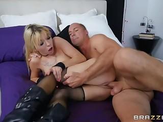 Emo Chick Needs Some Dick